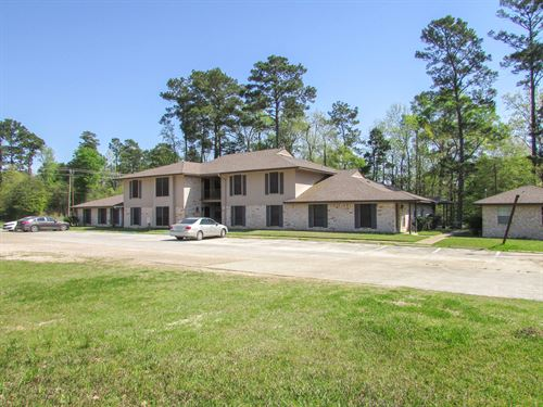 Pinehollow Apartments : Shepherd : San Jacinto County : Texas