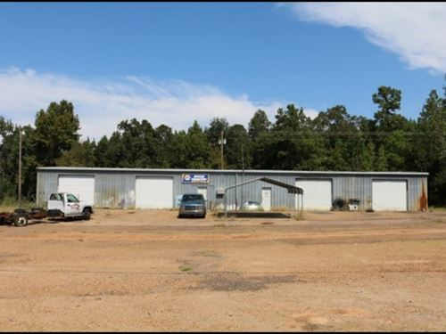 Nix Frame And Body Shop In Montgome : Winona : Montgomery County : Mississippi