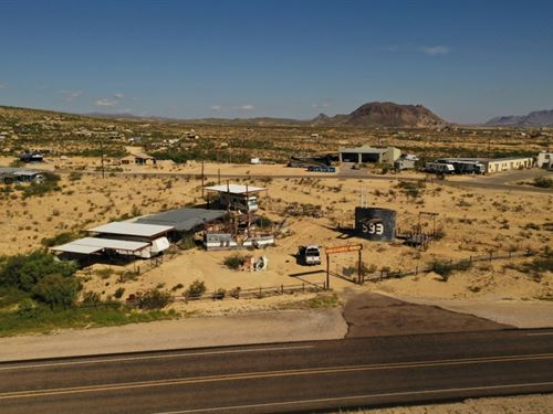 Prime Commercial Property In The Gh : Terlingua : Brewster County : Texas