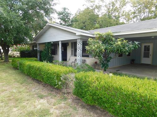 House Residential/Commercial City : Palestine : Anderson County : Texas