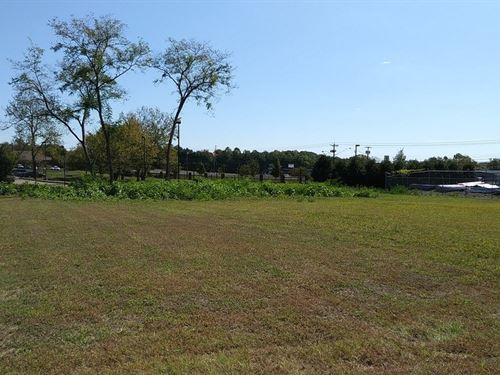 Commercial Lot Columbia, Tennessee : Columbia : Maury County : Tennessee