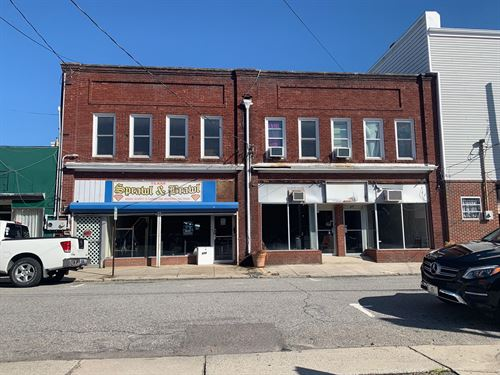 3 Storefront, 2 Apartments Downtown : Elizabeth City : Pasquotank County : North Carolina