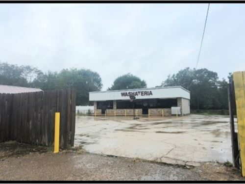 Commercial Building In Lincoln Coun : Brookhaven : Lincoln County : Mississippi