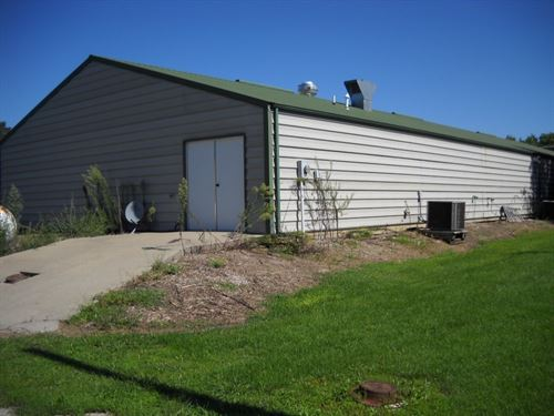 Commercial Building Swan Lake : Mendon : Chariton County : Missouri