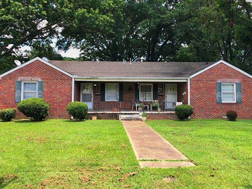 5 BR 3 Ba, Brick Duplex, Rental : Jackson : Madison County : Tennessee