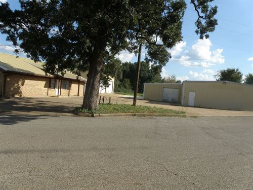 Nice Large Property Palestine W 3 : Palestine : Anderson County : Texas