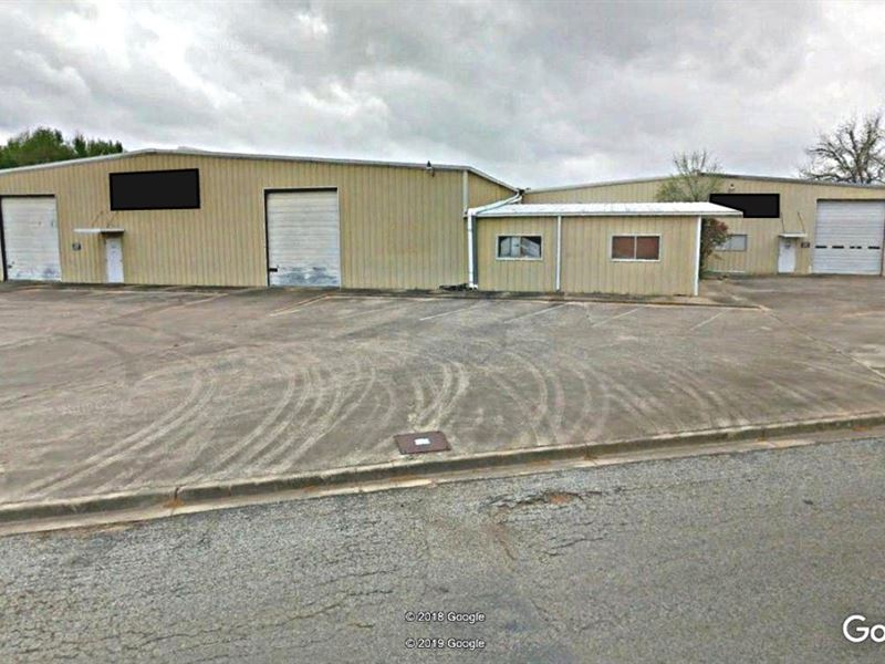 Large 32000 Square Feet Warehouse 5 : Palestine : Anderson County : Texas