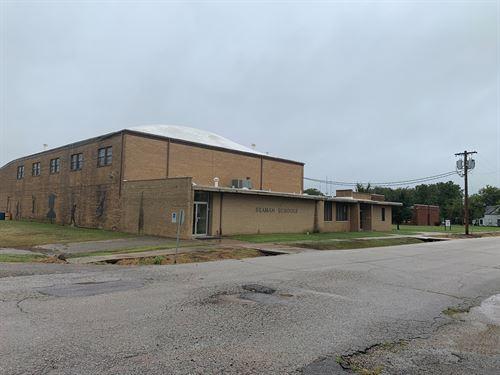 Commercial Property, I-35 Oklahoma : Ponca City : Kay County : Oklahoma