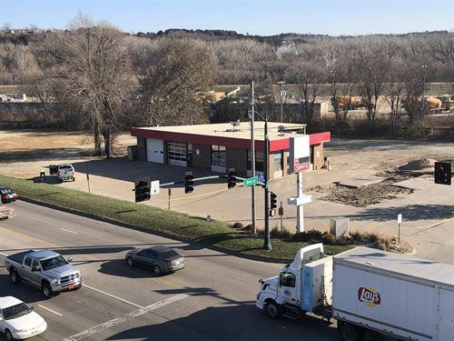 Oppy's, Commercial Corner : Manhattan : Riley County : Kansas