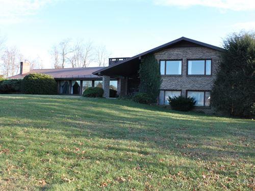 Executive Home & Commercial Acreage : Glade Spring : Washington County : Virginia