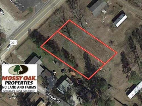Reduced, .64 Acres of Commercial : Whiteville : Columbus County : North Carolina