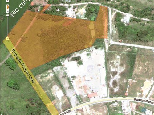 Caribbean Coast, Development Land : La Ceiba : Honduras