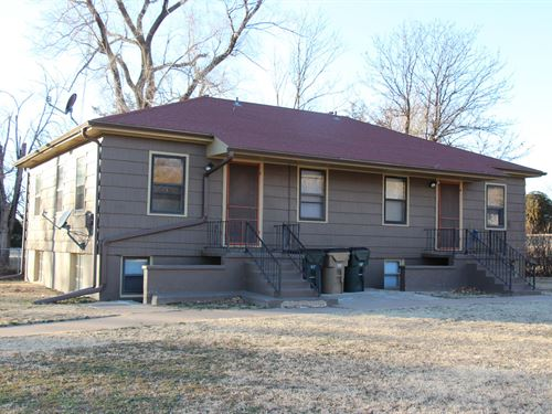 Income Property Duplex, Medicine : Medicine Lodge : Barber County : Kansas