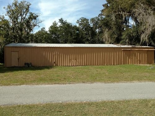Commercial Property 4000 Sq Ft : Lake City : Columbia County : Florida