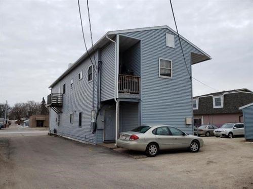 Apartment Building Main Street : Onalaska : La Crosse County : Wisconsin