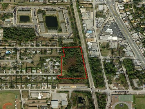 5.54 Acre Lot For Townhomes : Titusville : Brevard County : Florida