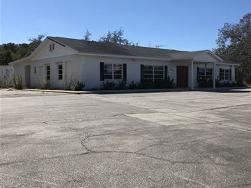 Commercial Building / 0.76 Acres : Spring Hill : Hernando County : Florida