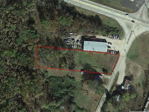 .9 Acre Lot For Sale in Poplar Blu : Poplar Bluff : Butler County : Missouri