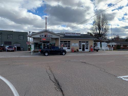 Convenient Store, Restaurant, Big : Big Sandy : Benton County : Tennessee