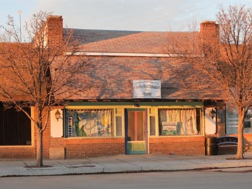 Retail Store in Coldwater, Kansas : Coldwater : Comanche County : Kansas