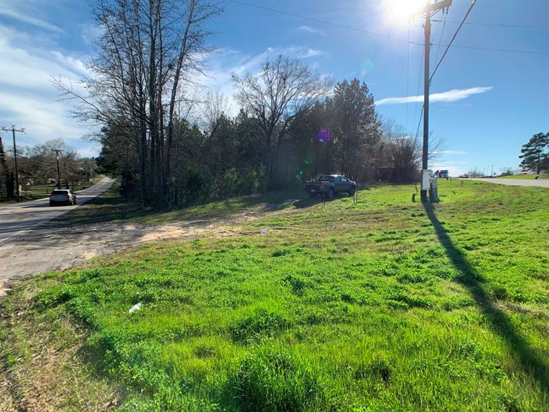 Hwy 31 W Corner Tract 6+ Acres : Tyler : Smith County : Texas