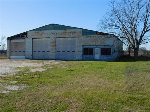 Commercial Trucking Facility : Fairfield : Freestone County : Texas