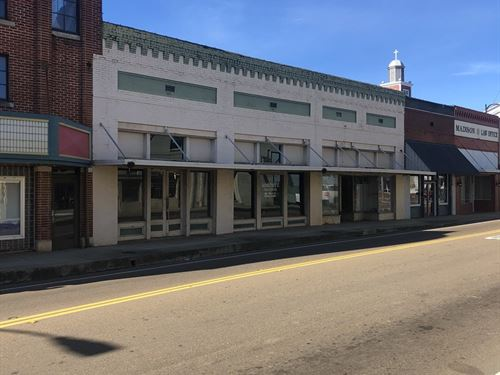 Commercial Building, 114 S Church : Louisville : Winston County : Mississippi