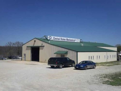 Commercial Bldg On 3 Acres : Mountain Grove : Wright County : Missouri