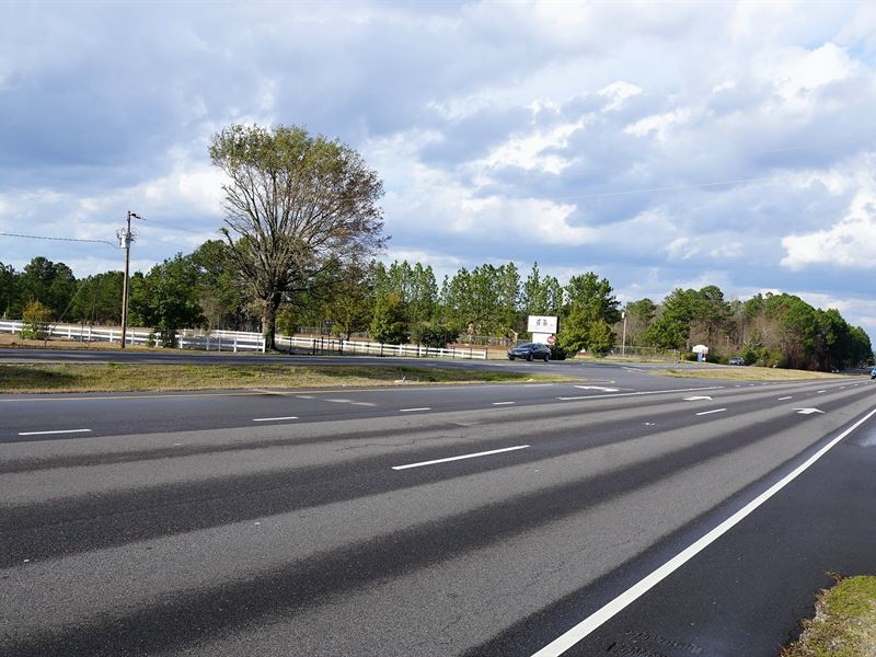 High Traffic Commercial Land, 4 : Vass : Moore County : North Carolina