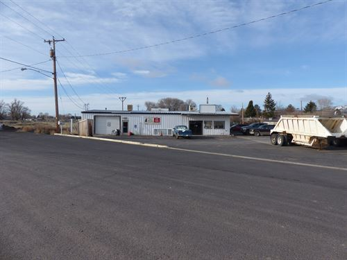 Large Commercial Building Burns Or : Burns : Harney County : Oregon