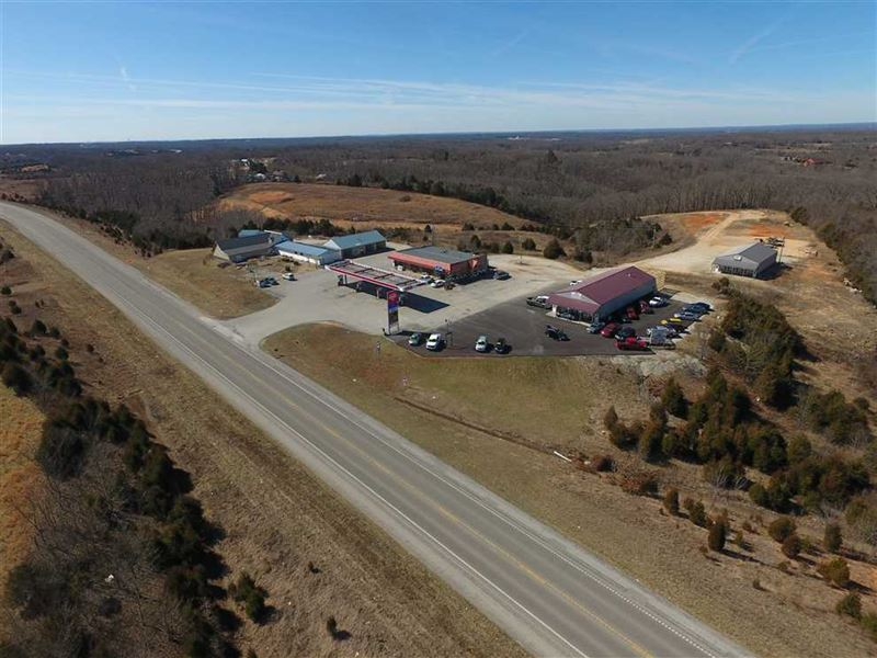 Commercial Building in Reeds Sprin : Reeds Spring : Stone County : Missouri