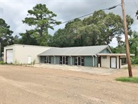 Commercial Building And 1.842 Acres : McComb : Pike County : Mississippi