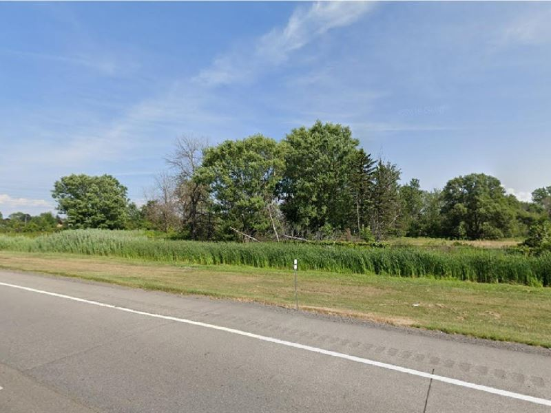 Commercial Lot Facing Nys Thruway : Cheektowaga : Erie County : New York